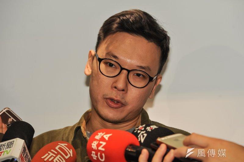 林飛帆表示,會前往機場主要是有聽到愛國同心會與四海幫動員,雖然抗爭場合過去常常經歷,但都沒有那麼誇張,這次已經是有點想要攻擊這些香港朋友。(甘岱民攝)