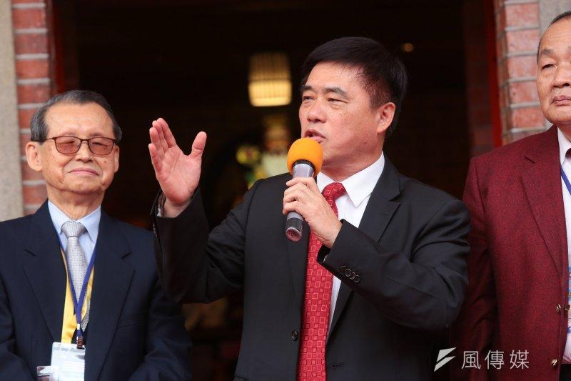 國民黨副主席郝龍斌10日前往國民黨南投黨部舉辦黨代表座談會,聽取黨代表對於主委直選的意見。(資料照,顏麟宇攝)