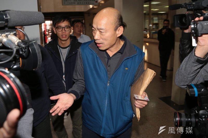 20170110-北農總經理韓國瑜10日至台北地檢署應訊。(顏麟宇攝)