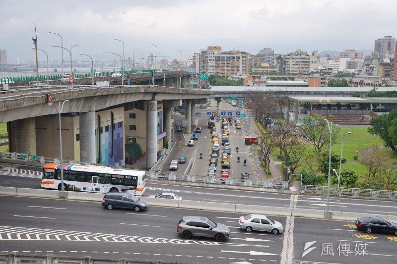 台灣各直轄市面臨效率降低、下情不易上達、城鄉差距等3大問題,真正的治本之道在哪裡?(盧逸峰攝)