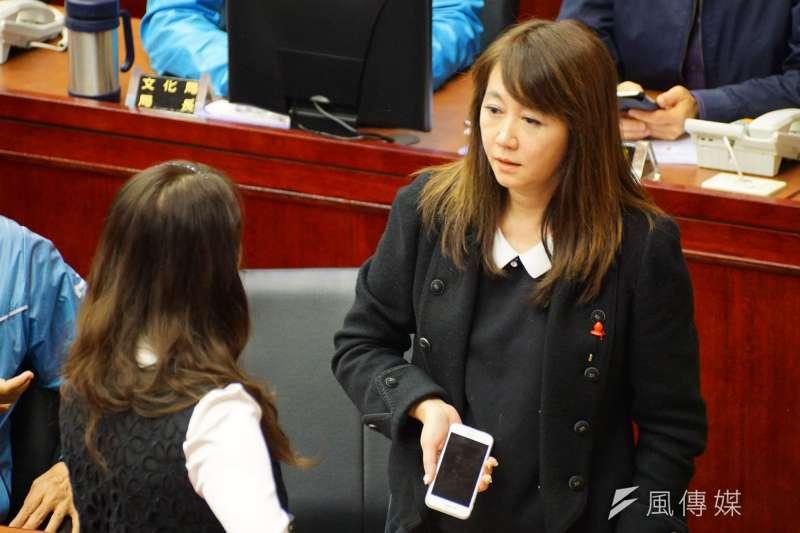 柯文哲不滿簡余晏(見圖)對媒體放話,甚至在會議上脫口說出要副市長陳景峻把辭呈拿來今天就簽一簽。(資料照,盧逸峰攝)