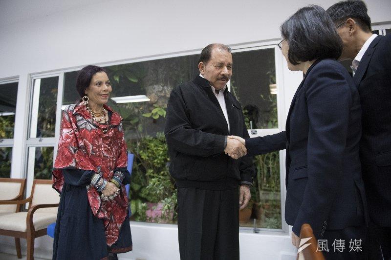 蔡英文總統抵達尼加拉瓜會見總統奧迪嘉(Daniel Ortega)伉儷,奧迪嘉稱蔡英文為「台灣總統」。(總統府提供)