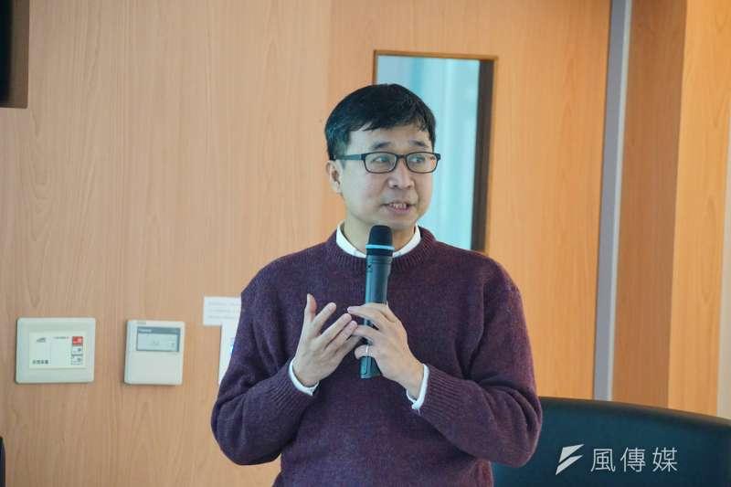 20170114-民主平台年會,東吳大學政治系副教授陳俊宏發言。(盧逸峰攝)