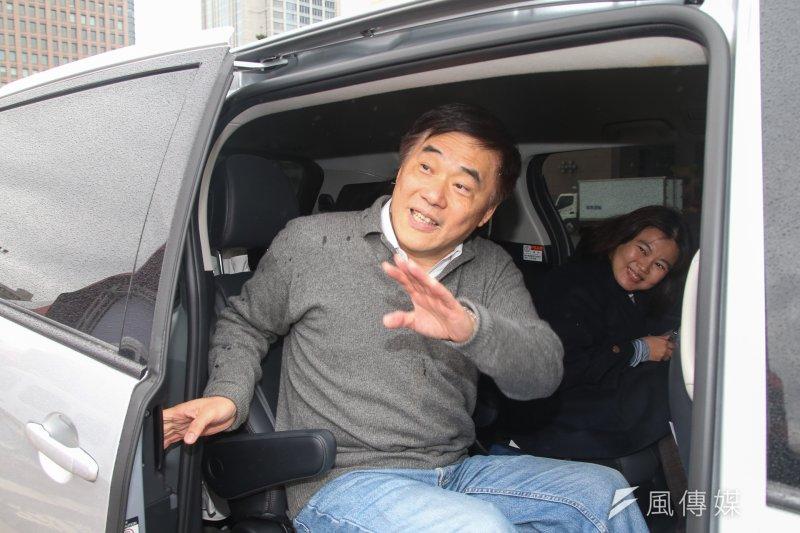 郝龍斌17日前往彰化市拜訪前市長陳杰,並表示目前參選國民黨主席的連署門檻,應該下修或者廢除。(資料照,陳明仁攝)