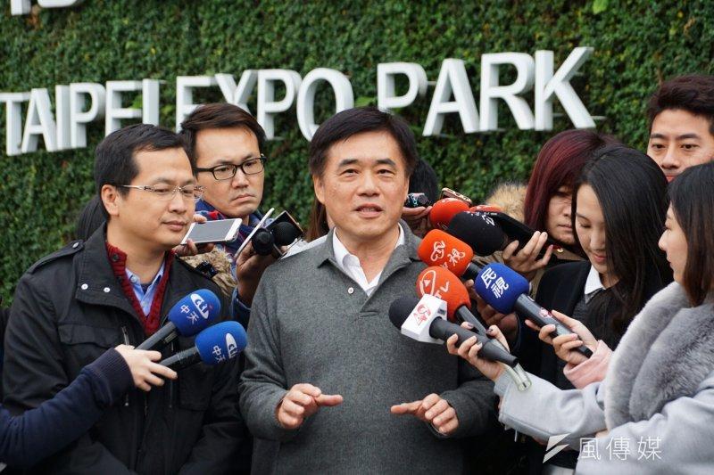 國民黨主席參選人郝龍斌出席羅智強臉書節目「開播,台北」首播活動。(盧逸峰攝)