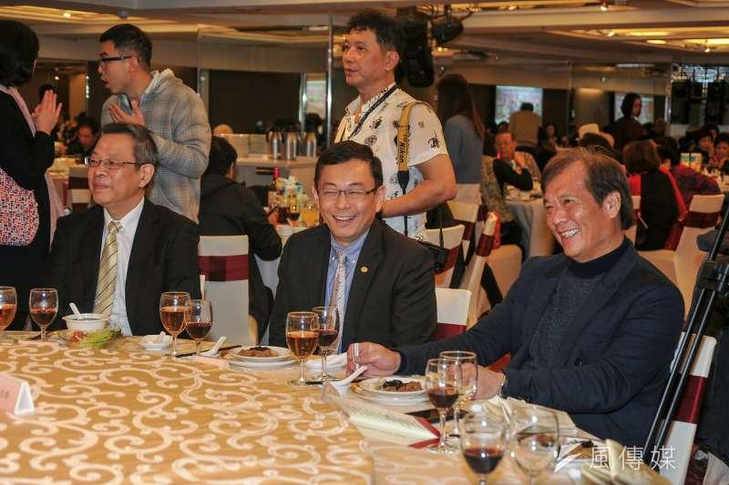華視總經理郭建宏(右)去年1月上任,華視今召開董事會,裁定他不適任。(甘岱民攝)