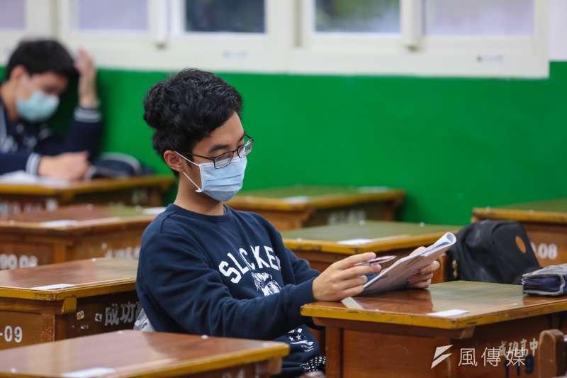 「2030雙語國家」是蔡政府重要政策,但當雙語教育遇上108年新課綱,學者認為其中產生不少矛盾。示意圖,非關新聞個案。(資料照,顏麟宇攝)