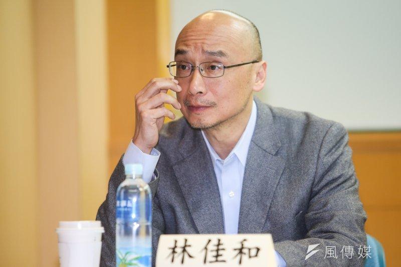 政大教授林佳和表示,台灣人應該學到,工資應該要提高,但不能以過勞交換。(陳明仁攝)