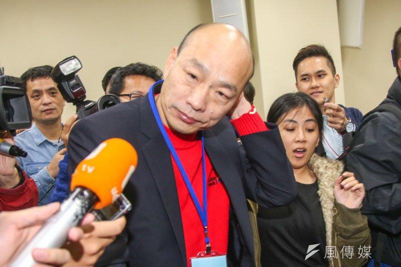 韓國瑜6日親自參與黨魁參選同志座談會議,並表示國民黨應擴大基層參與,改革有沒有誠意,鬆綁連署門檻就是試金石。(陳明仁攝)