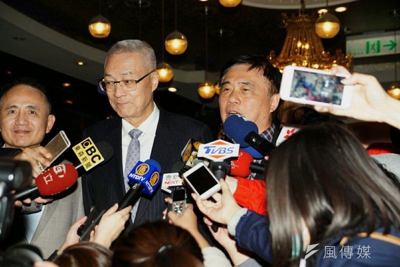 海事會春酒,國民黨副主席郝龍斌、前副總統吳敦義同台出席。(盧逸峰攝)