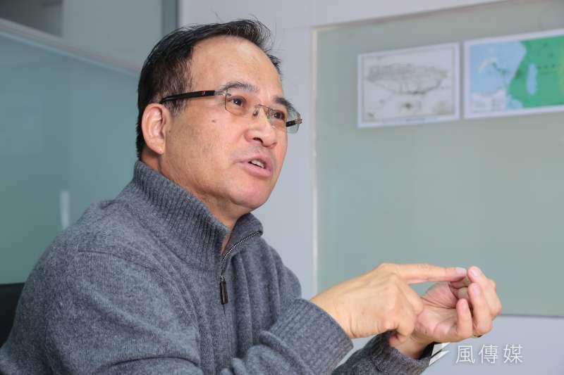 前台南縣長蘇煥智自從2012年民進黨主席之爭後,近期動作頻頻,臉書上打議題,外界揣測其參選台北市長的意味濃厚。(顏麟宇攝)