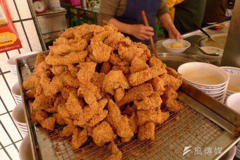 土魠魚可以算是台灣獨特的小吃美食之一,而土魠魚其實也有分成不同的品種,還有各式不同的吃法喔!(圖/BlowingPufferFish@flickr)