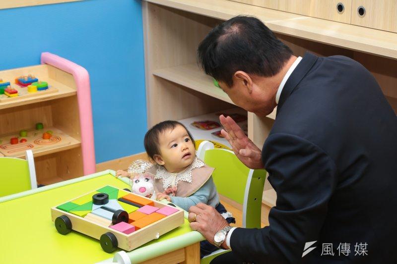 20170216-立法院長蘇嘉全16日出席立法院附設托嬰中心揭幕儀式。(顏麟宇攝)