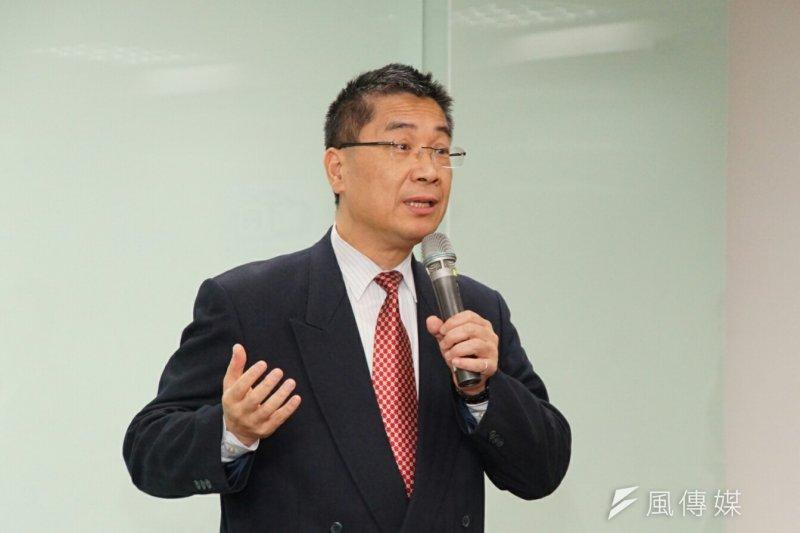 行政院發言人徐國勇16日表示,前瞻基礎建設計畫特別預算規模不超過1兆元,希望能夠帶動4-5萬個就業機會。(資料照,盧逸峰攝)