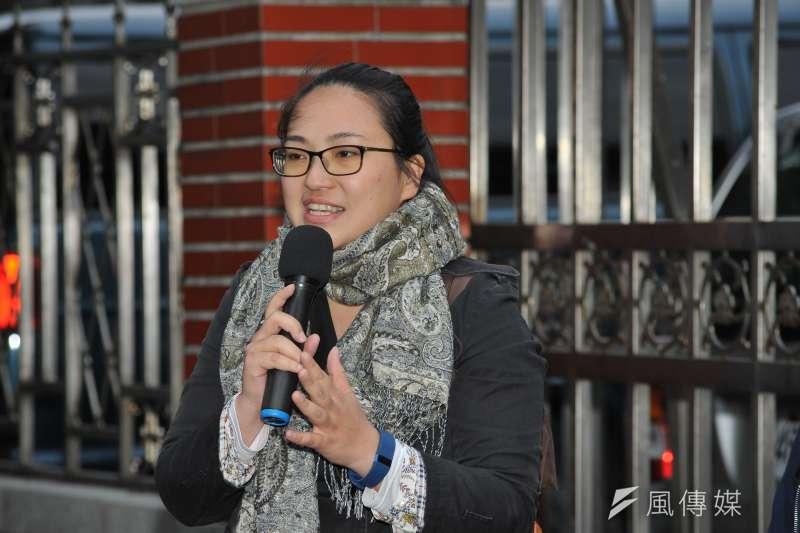 20170217-同志團體記者會,「婚姻平權大平台」立法遊說專案經理鄧筑媛。(甘岱民攝)