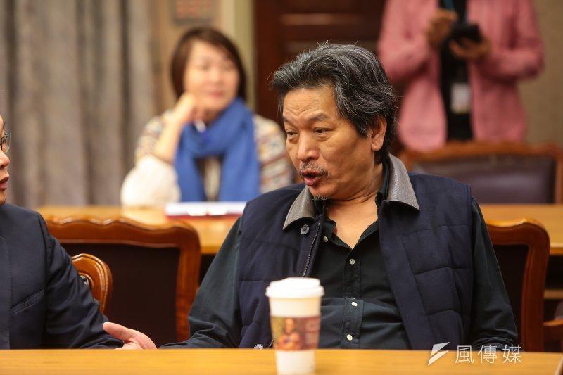 親民黨立委李鴻鈞18日出席少數黨團委員委員會抽籤。(顏麟宇攝)