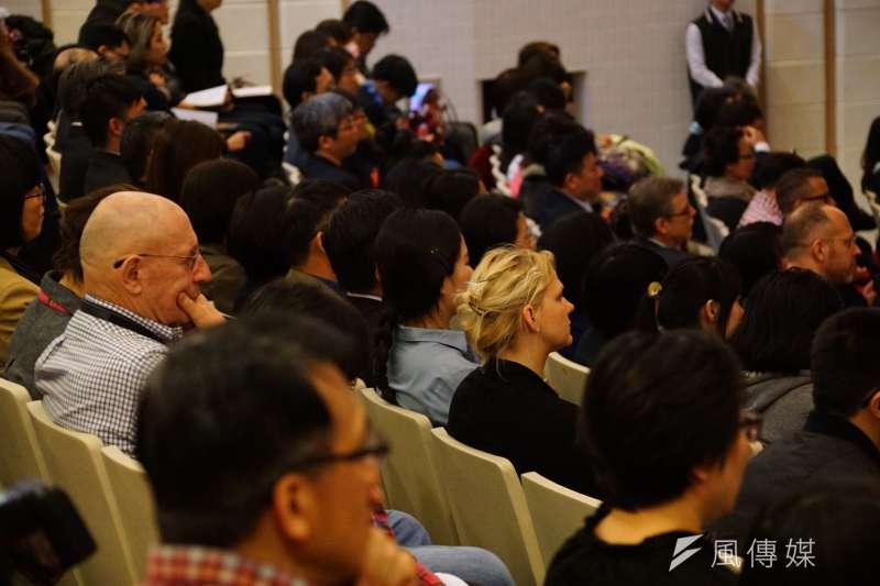 20170219-總統蔡英文出席國際大屠殺紀念日活動,現場也有許多外國人士。(盧逸峰攝)