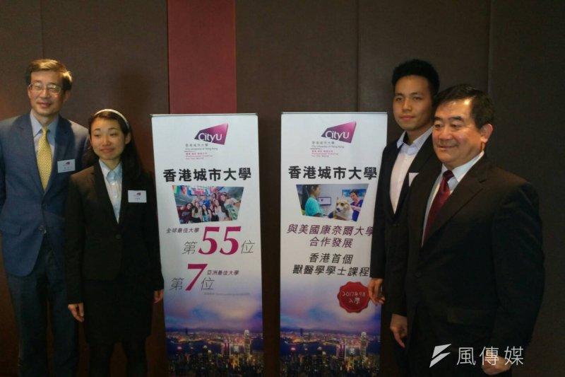 過去2年並且獲得湯森路透選為材料科學界「全球最具影響力的科學家」之一的任廣禹(右),去年底正式獲聘為香港城市大學學務副校長。(林上祚攝)