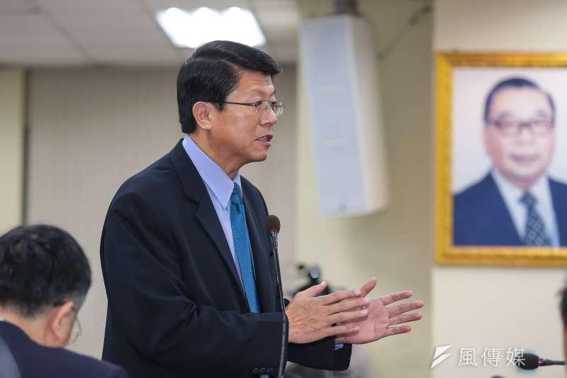 國民黨台南立委候選人謝龍介表示,綠營大咖輪番上陣輔選民進黨對手郭國文,「現在已經不是5個大人打1個小孩,現在是圍毆,通通都圍過來」。(資料照,顏麟宇攝)