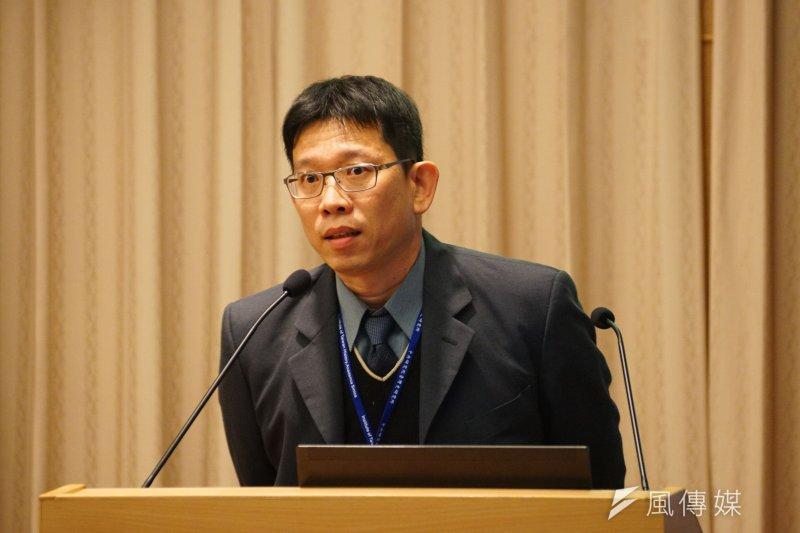 20170224-紀念二二八事件70週年學術研討會,靜宜大通識中心教授蘇瑤崇與會座談。(盧逸峰攝)