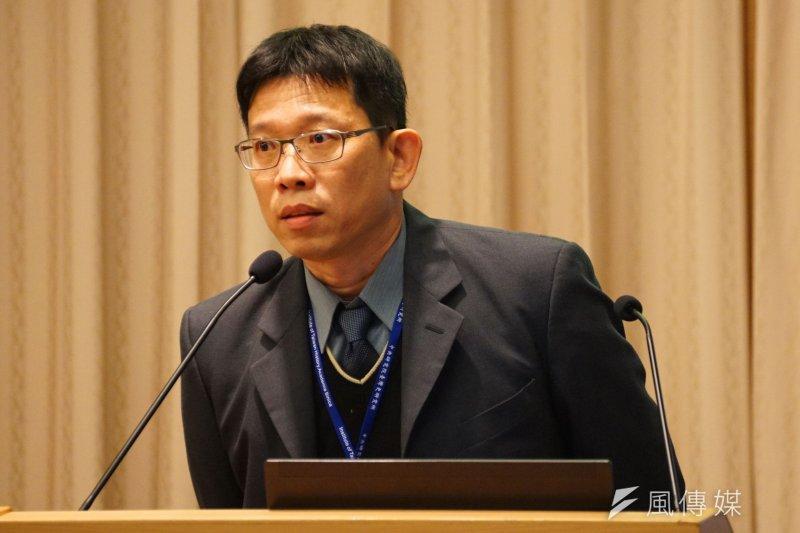 靜宜大學教授蘇瑤崇在研討會中表示,二二八事件的鎮壓,其實是以中華民國的名義發動的一場戰爭,是中華民國政府對台灣人的一場戰爭。(盧逸峰攝)