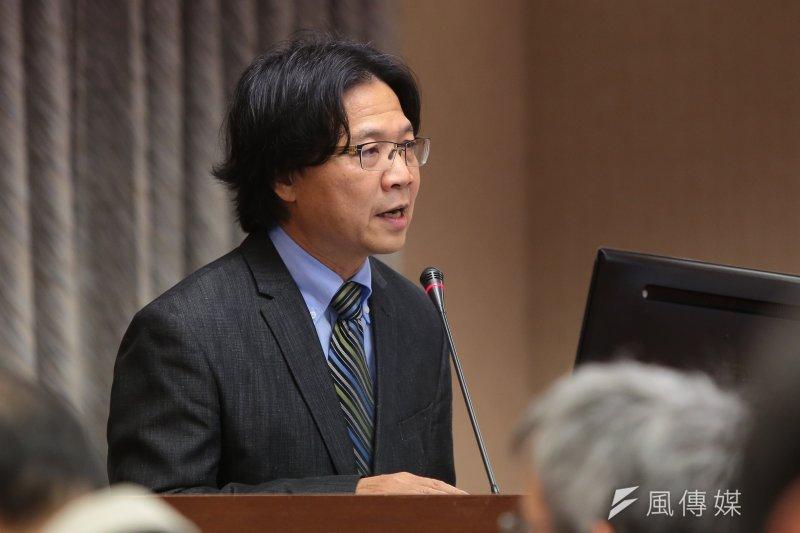 行政院去年底推動《老屋重建條例》,葉俊榮1日說明,初估立法後第一階段會來申請的可能有3萬4000戶,估計能帶動的營建產值是2兆7000億元。(顏麟宇攝)