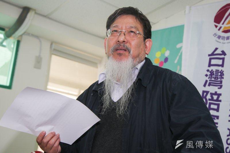 台灣陪審團協會理事長、司改國是會議委員張靜1日指出,司法院長許宗力多次詆毀陪審團制度,「赤裸擺明預設立場和方向」,許宗力也「欠我一個道歉」。(陳明仁攝)
