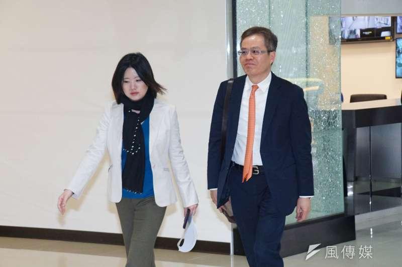 20170302-司法改革國是會議,第五組會議梁永煌委員入場。(盧逸峰攝)