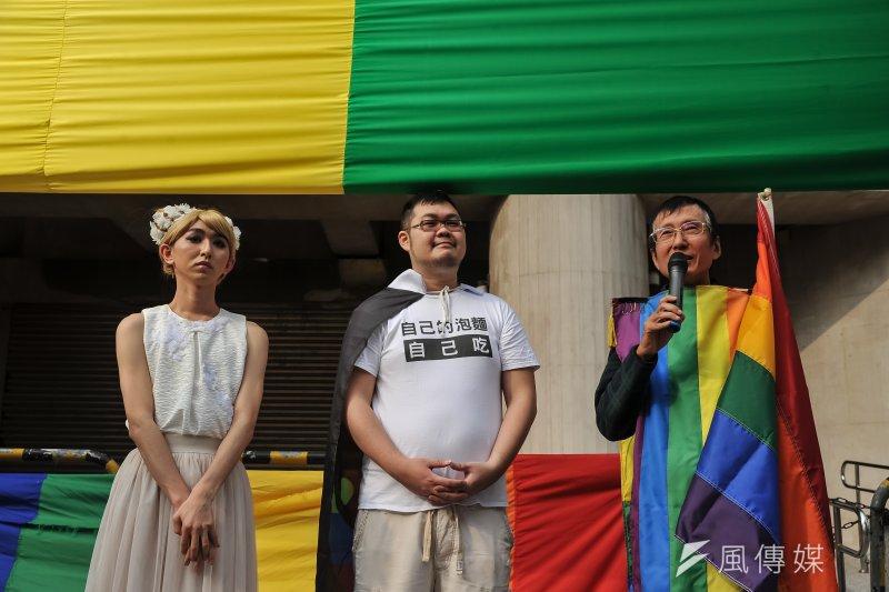 20170304-尋找彩虹境外記者會,同志名人女神下午茶(左起)、四叉貓以及祁家威。(甘岱民攝)