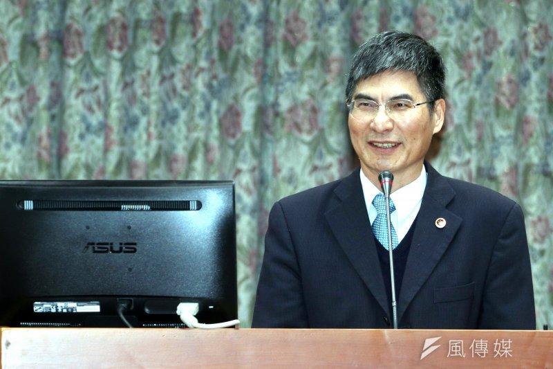 科技部長陳良基強調政府必須守住人才,才會有發展機會。(蘇仲泓攝)