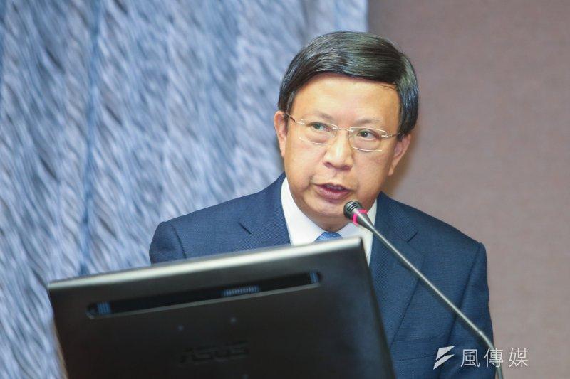 中華郵政董事長翁文祺列席立法院委員會報告備詢。(陳明仁攝)