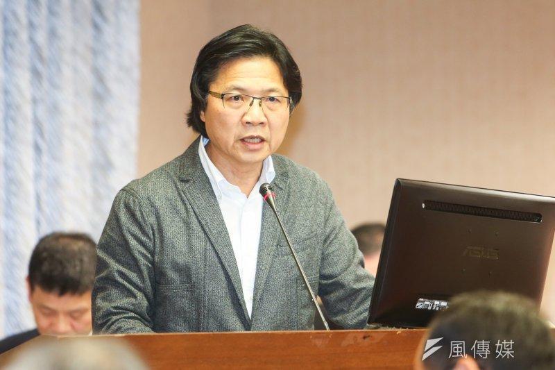 內政部長葉俊榮13日對低薪和高房價導致年輕人買不起房的問題表示,應改變觀念,靠租房子也可以過得很有尊嚴。(陳明仁攝)