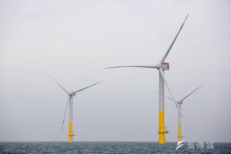 台灣外海風場佳,業者紛紛搶進,但基礎設施仍未完備,圖為德國不萊梅Bremen,wpd風機製造商離岸風機風場。(顏麟宇攝)