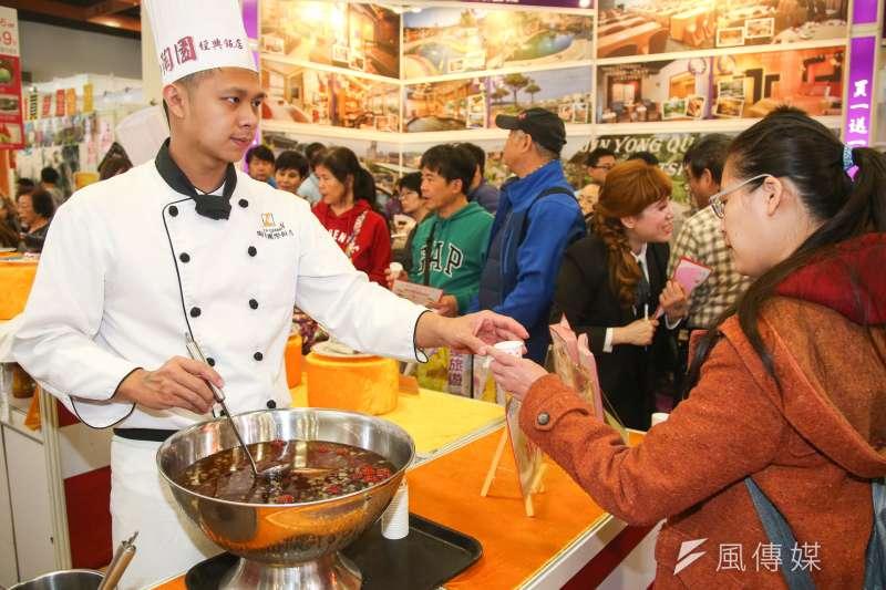 作者指出,台灣的美食產業,如果可以透過政府策略性整合,把資源具焦在企業在海外發展過程所需要的支援,降低海外發展的困難,讓台灣的餐飲品牌透過海外授權與加盟連鎖模式,快速擴拓展國際市場。(資料照,陳明仁攝)