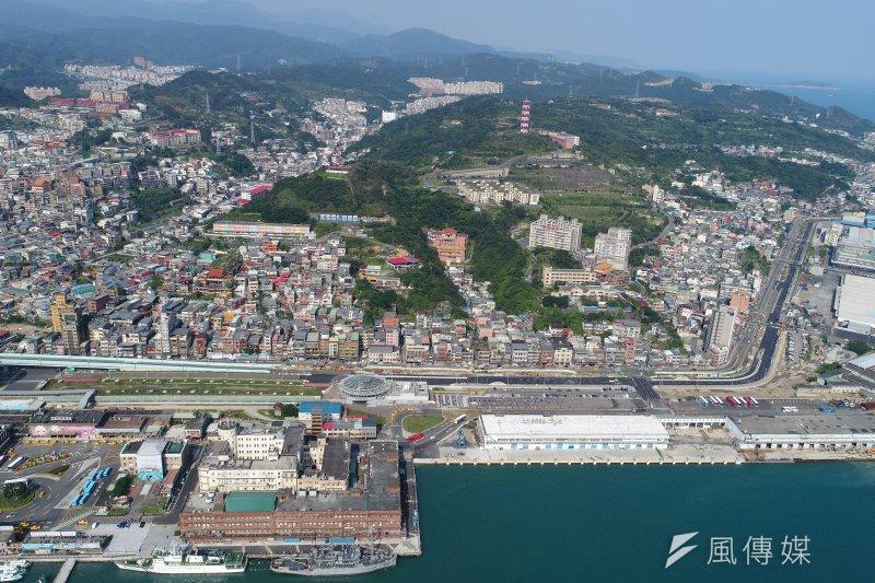 總統蔡英文宣布打造基隆到南港輕軌照十(圖由基隆市政府提供)
