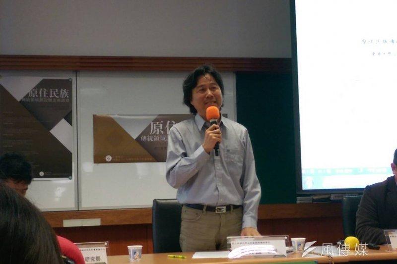 東華大學自然資源與環境學系教授戴興盛指出,在政治經濟的過程中,漢人社會長期對原住民族的不理解成為權利分配的隱憂,必須透過社會積極溝通來化解。(黃麒珈攝)