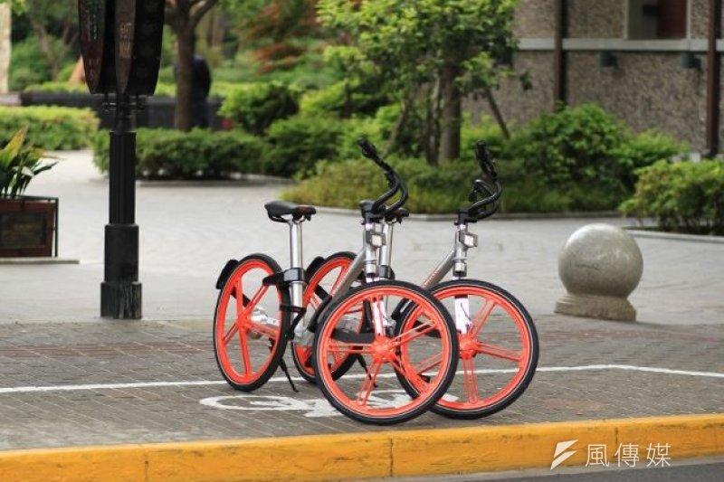 針對機捷周邊部分YouBike站點距離其他站點過於遙遠,陳學聖認為,可以學習中國隨地借還車的公共自行車模式。圖為中國公共自行車。(資料照,取自摩拜單車網站)