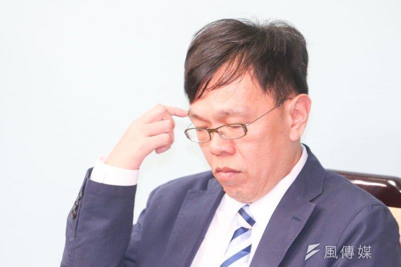 總統府副祕書長姚人多父親日前過世,但他低調辦喪事。(資料照片,陳明仁攝)