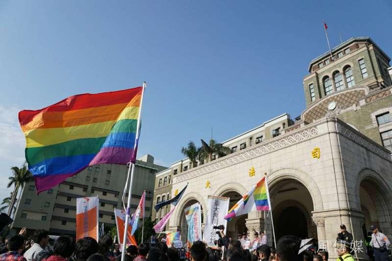 2017年5月24日,司法院大法官釋憲認定,民法未保障同婚「違憲」(盧逸峰攝)