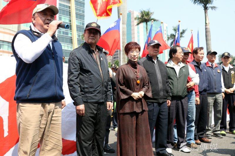 國民黨主席洪秀柱前往立院聲援八百壯士。(蘇仲泓攝)