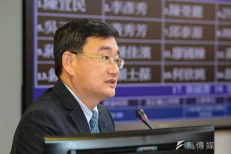 20170406-民進黨立委黃國書6日於衛環委員會針對提案內容做說明。(顏麟宇攝)