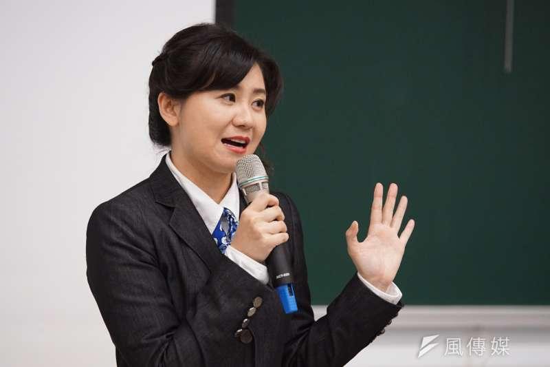20170408-同志婚姻大辯論,李怡萱發言。(盧逸峰攝)