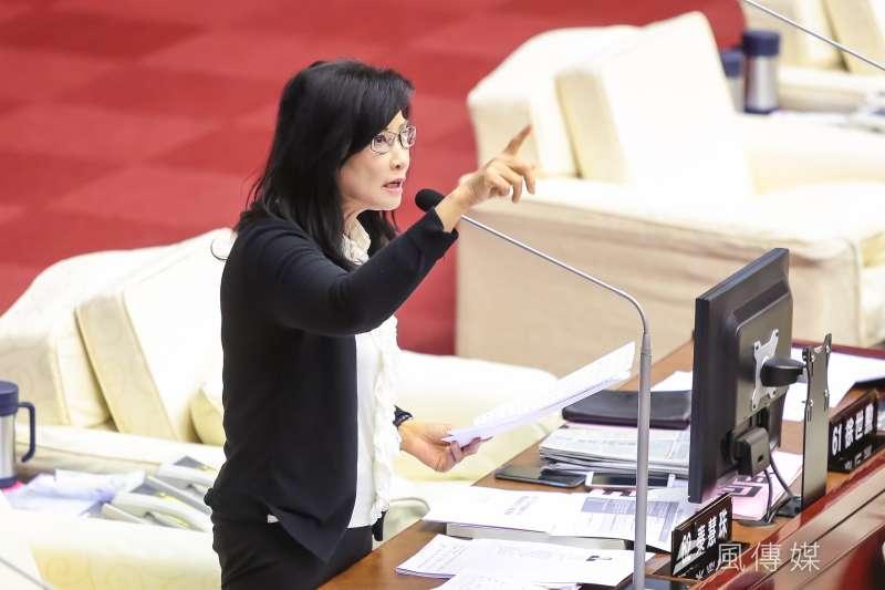 201704012-台北市議員秦慧珠12日於市議會質詢。(顏麟宇攝)