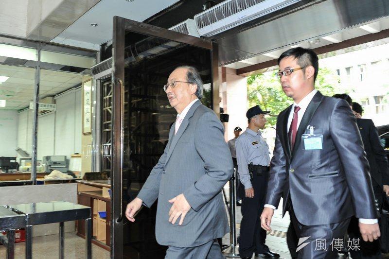 前總統馬英九洩密案14日開庭,當時被馬英九指控關說的柯建銘也到庭,並批評馬英九換了律師換不了真理。(甘岱民攝)