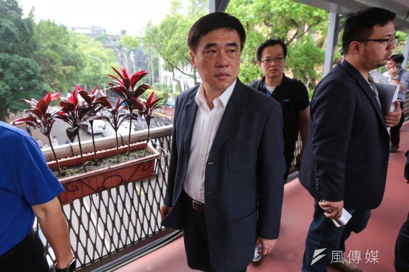 國民黨主席參選人郝龍斌陣營21日表示,連署份數超過有效黨員數50%的怪象,就像打撲克牌掀底牌發現居然有6張A士一樣荒謬、不可思議。(資料照,顏麟宇攝)
