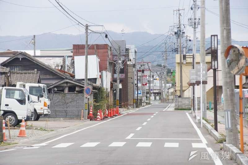 重建過後的平坦路面,等待每一位浪江居民的歸來。(盧逸峰攝)