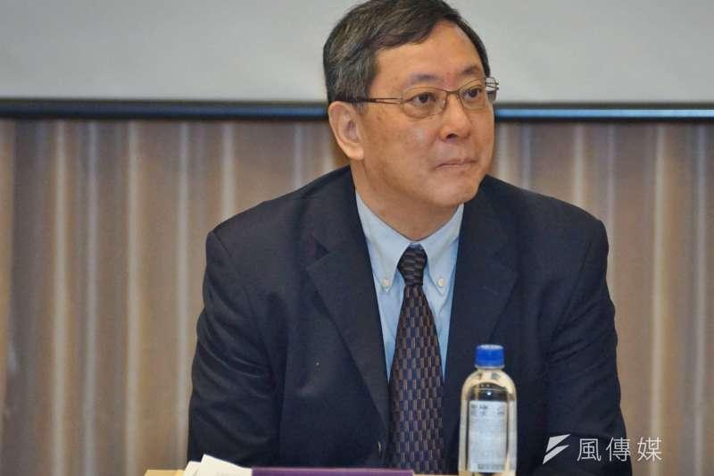 20170423-台灣大學臨時校務會議,主秘林達德。(盧逸峰攝)