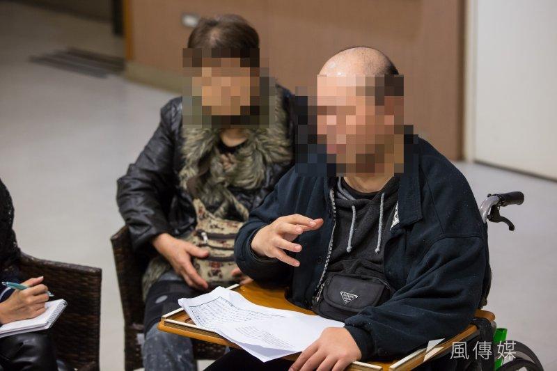 20170331-過勞勞工、家屬及勞團專訪,過勞導致職災者阿康(化名)及其母親專訪。(顏麟宇攝)