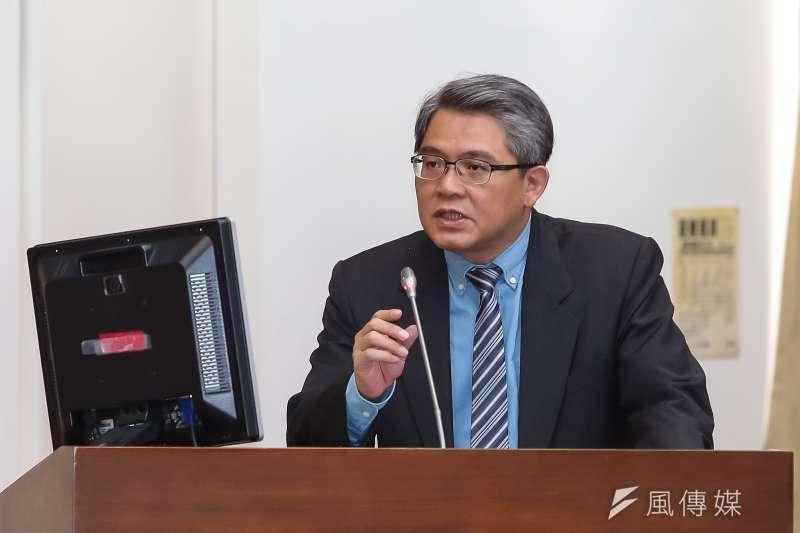 內政部次長花敬群表示,內政部未來將針對部分已核定爭議案件重新檢視。(資料照,顏麟宇攝)