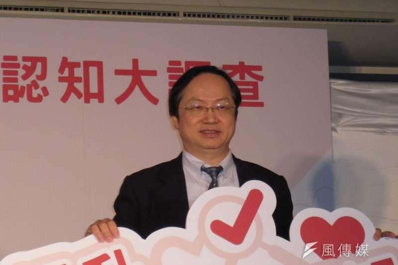 20170424-台灣愛滋病學會理事長林錫勳說,臨床研究顯示,以目前台灣愛滋病治療水準,一名25歲的帕斯堤從發現感染,只要好好服藥、規律生活,平均餘命可達77.5歲。(黃天如攝)